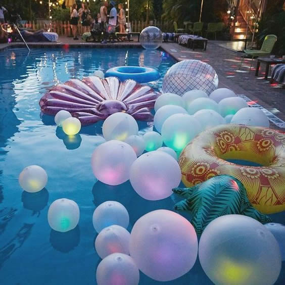 decorated-pool